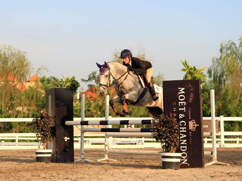 jumping2.jpg